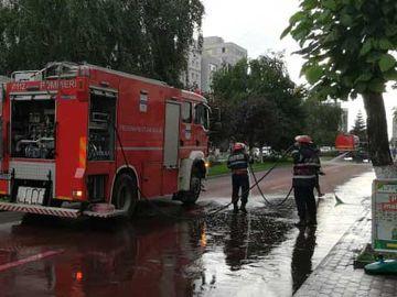 """""""Strada sângeroasă"""" din Slatina care a provocat spaimă în rândul localnicilor! Ce era, de fapt, pe carosabil"""