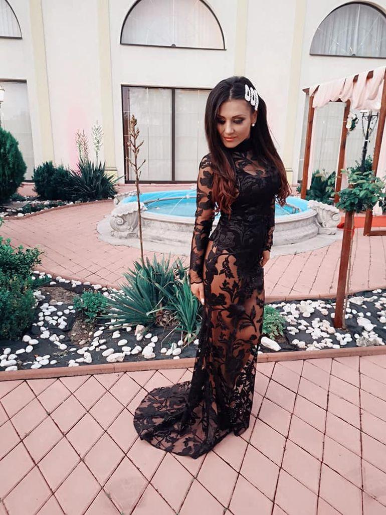 Bianca Rus, pe urmele Prodancei! Solista a purtat o rochie transparentă la un eveniment FOTO
