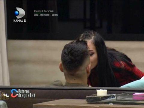 """Bianca a aruncat bomba la Puterea Dragostei după ce l-a sărutat: """"Mocanu e cu mine"""""""