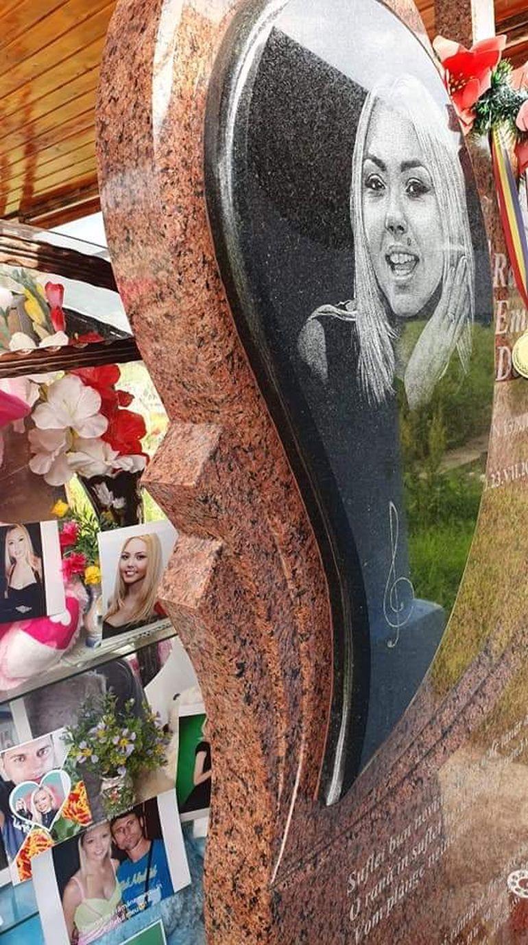 Cel mai vesel loc de veci din țară! Cum arată mormântul Denisei Manelista