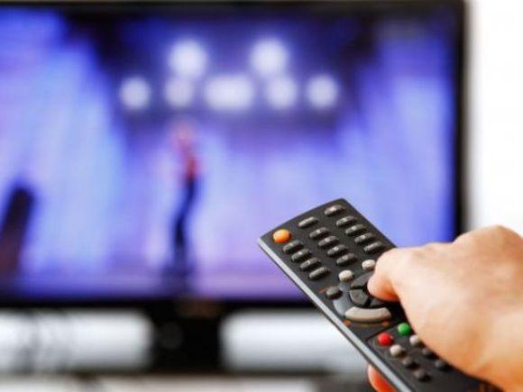 Doliu în televiziune! O cunoscută prezentatoare TV a murit din pricina cancerului