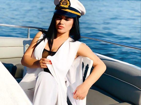 VIDEO. Carmen de la Sălciua bifează succes după succes. Record de vizualizări cu noul videoclip în doar 24 de ore de la lansare și locul 1 în Trending
