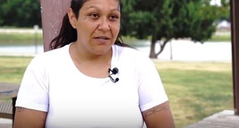 """Iubire interzisă! Monica Mares este în stare să renunțe la copiii ei pentru a avea o relație sexuală cu fiul de 19 ani: """"M-am îndrăgostit de el!"""""""