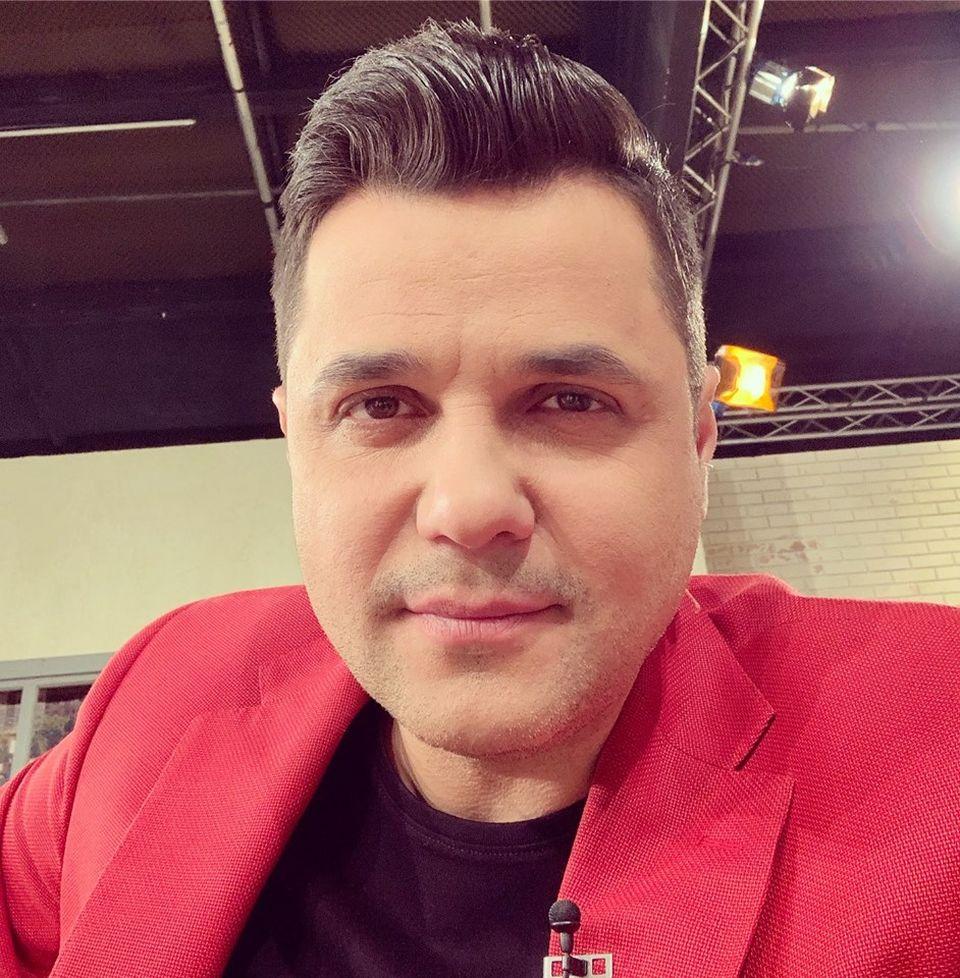 Veniturile lui Gabriel Coveşeanu s-au micşorat cu peste 2.000 de euro pe lună! Vezi ce avere are prezentatorul!
