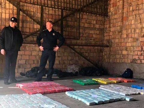 """""""Regele heroinei"""" a fost arestat! E incredibil cu câte kilograme de droguri l-au găsit polițiștii"""