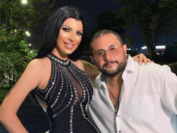 """Andreea Tonciu, în brațele altui bărbat! Există zvonuri că ea și soțul ei ar divorța! """"Am vorbit cu soţul meu şi a zis că..."""""""