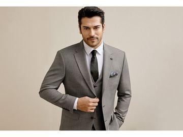 AC&CO  deschide al patrulea magazin în România! Burak Özçivit, celebrul actor turc din Suleiman Magnificul și Dragoste Infinită va fi prezent la inaugurare