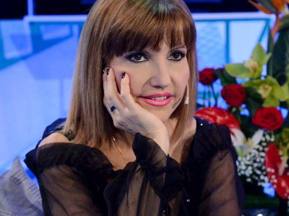 """""""Tremurăm ca niște piftii ordinare! Mi-e silă de lașitatea mea""""! Marina Almășan, text dur despre ce înseamnă TVR"""