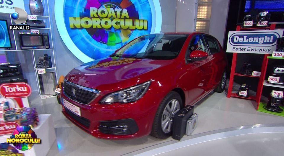 """Victor Slav și Andreea Bănica au câștigat mașina la """"Roata Norocului"""" VIDEO"""