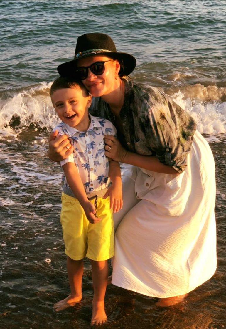 Gabriela Firea, zi importantă pentru familia ei. Edilul Capitalei își sărbătorește azi băiatul, pe Zian-Mihail