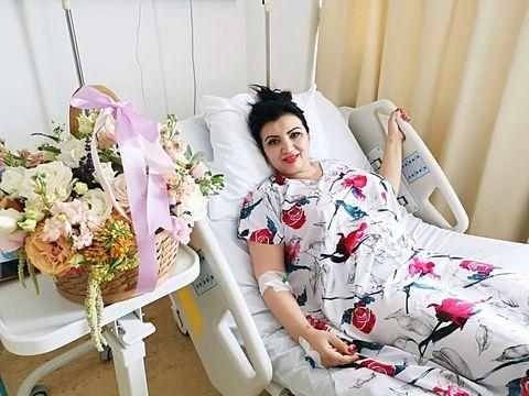 """Adriana Bahmuţeanu a fost externată! Primele declaraţii după operaţie: """"Am intrat moartă, am ieşit vie"""""""