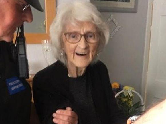 O bătrânică de 93 de ani a fost arestată, deși nu a comis niciun delict! Cum a fost posibil așa ceva