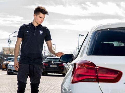 Ianis Hagi a primit cadou o maşină după EURO 2019! Starul României U21 a trecut de la un bolid de 50.000 de euro la unul de 150.000 de euro!