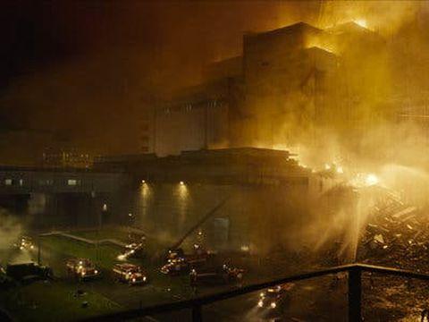 """""""Ajungeam să am spume la gură"""". Adevărata poveste a incidentului de la Cernobîl, spusă chiar de unul dintre piloții care a trecut de 11 ori peste reactor"""