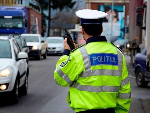 Povești în trafic: un polițist a tras pe dreapta un șofer și l-a întrebat dacă a consumat alcool. Răspunsul dat de bărbat l-a lăsat mut pe omul legii! Nu s-a așteptat la asta