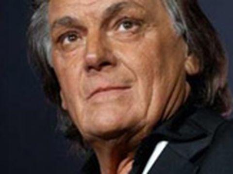 Imagini șocante cu Florin Piersic! Cum arată fața marelui actor la 83 de ani! A fost iar la solar sau alta este cauza?