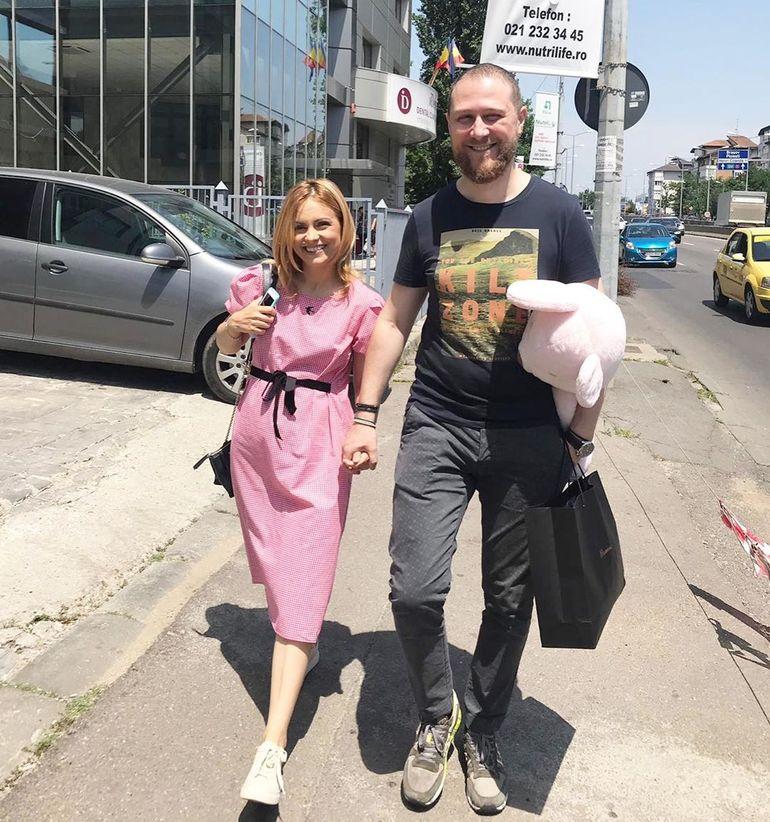 Cum arată Simona Gherghe la două luni după ce a devenit mămică pentru a doua oară
