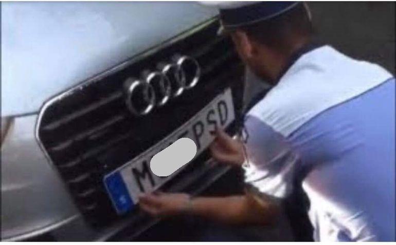 """Şoferul maşinii cu numere anti PSD e dezamăgit de politicienii pe care i-a susţinut! La un an după ce a devenit celebru, Răzvan Ştefănescu e resemnat: """"Ăsta era scopul vostru, să intraţi mai mulţi la Bruxelles"""""""