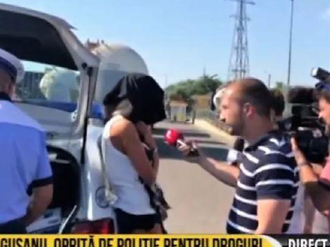 Breaking news. Bianca Drăgușanu, oprită de polițiștii antidrog! S-a ascuns cu o bluză pe cap VIDEO