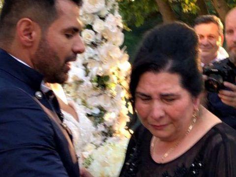 Mama lui Florin Pastramă, în lacrimi la nunta fiului ei! Ce le-a cerut mirilor