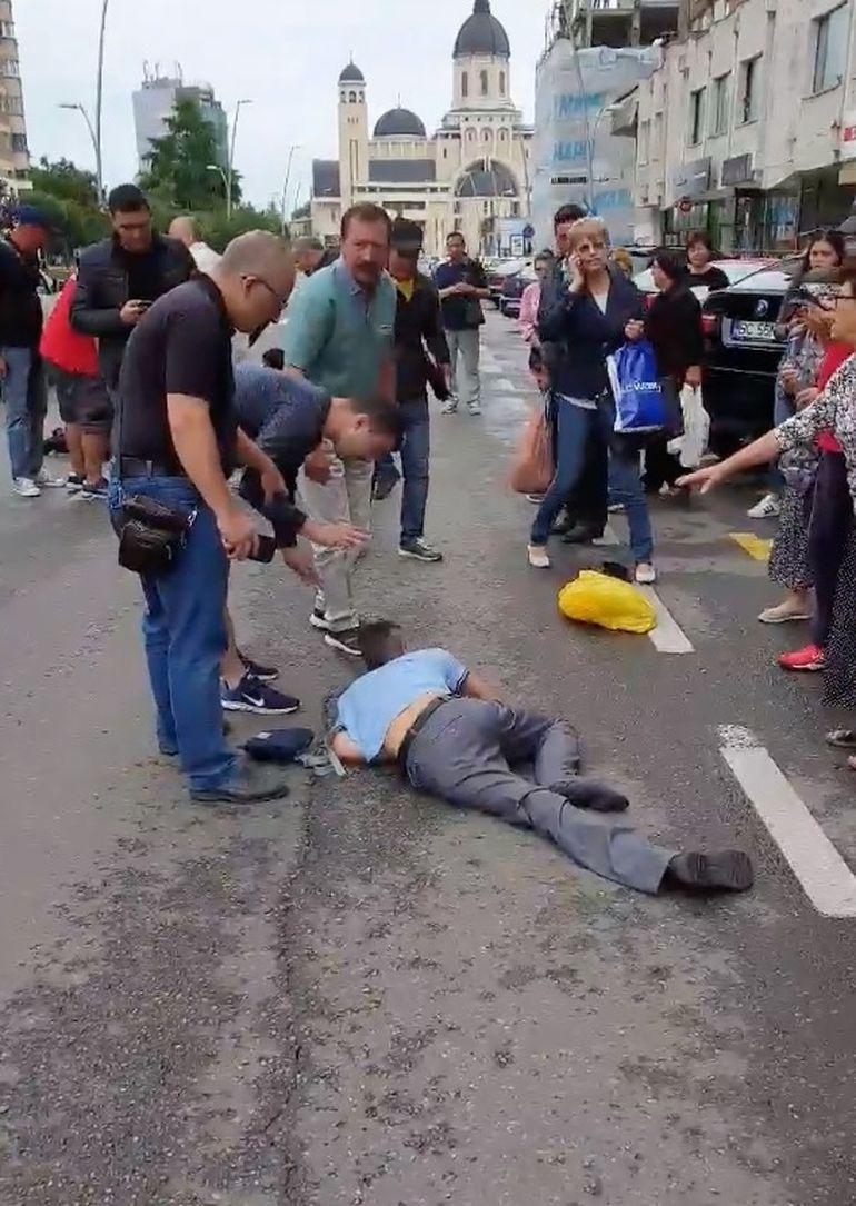 Accident șocant în Bacău! O poliţistă şi un bărbat au fost loviţi în plin pe trecerea de pietoni! Atenție, imagini care vă pot afecta emoțional!