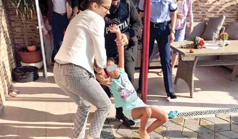 Fosta asistentă maternală a Sorinei a fost audiată de procurori. Prima declarație făcută de Mariana Șărămăt