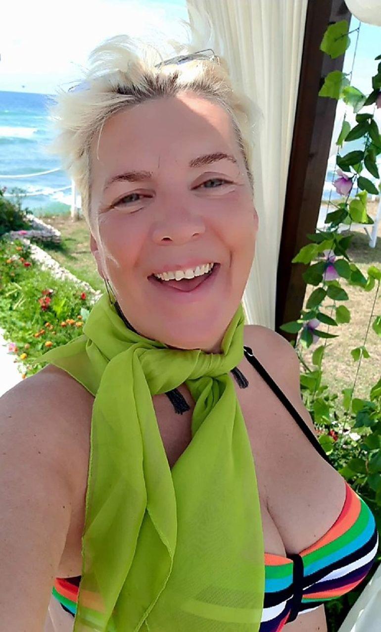 Silvia Dumitrescu, apariție de vis la aproape 60 de ani! Cum arată în costum de baie