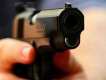Tragedie în sport! Un fost fotbalist a fost împușcat mortal lângă locuința lui