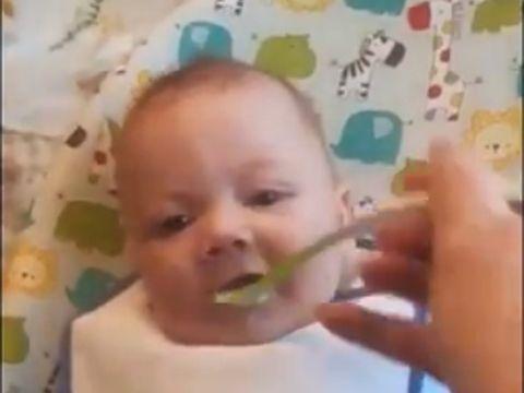 Iubita l-a lăsat acasă cu bebelușul lor. După o oră, bărbatul a dat un telefon la ambulanță! Ce îi făcuse micuțului