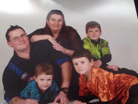 Au patru copii împreună, însă lumea își face cruce când află ce relație au! Ce secret ascund cei doi