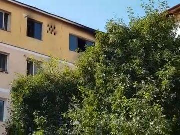 Bărbat găsit carbonizat în balconul apartamentului său! Cine este victima