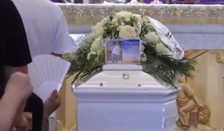Un băiat a fost ucis de propriul tată în timp ce se afla live pe Facebook! Cum a avut loc tragedia