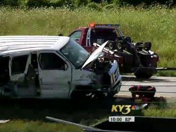 """Trei fetițe au murit într-un cumplit accident! Mama lor se afla la volan: """"La un moment dat, doar acopereau trupurile"""""""