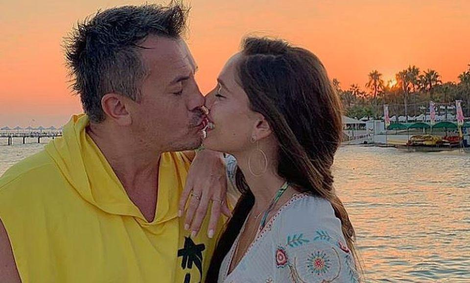 """Răzvan Fodor și soția au împlinit nouă ani de căsnicie! """"Tot turbată după mine"""""""