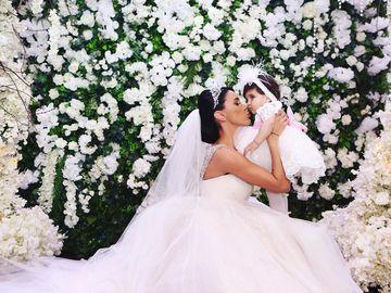 Fotografii emoționante de la nunta Adelinei Pestrițu cu Virgil Șteblea! Cei doi au confirmat zvourile că își doresc și cel de-al doilea copil! Cântăreața Elena Gheorghe i-a dat de gol! EXCLUSIV