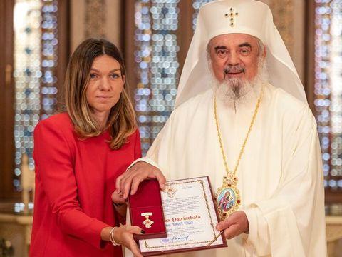 Simona Halep, premiată de Patriarhul Daniel! Românca, printre puținele jucătoare de tenis care își face semnul crucii după fiecare victorie
