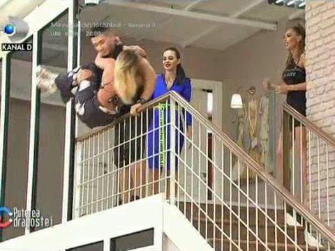 Scene incredibile la Puterea Dragostei! Mocanu a amenințat-o pe Mary că o aruncă de pe balustradă! Mary a simulat un infarct
