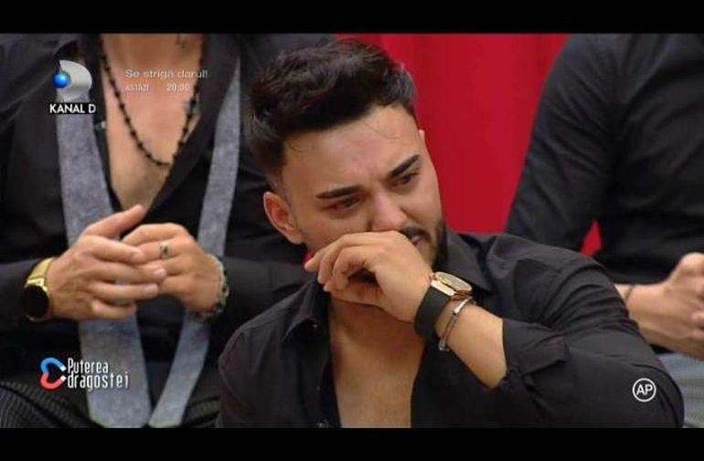Jador de la Puterea Dragostei a bufnit în plâns! Ce s-a întâmplat după ce Simina s-a logodit cu Alex Zănoagă