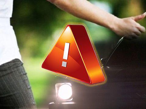 10 reguli de SIGURANȚĂ pentru fetele care fac autostopul! Ce să faci și ce să nu faci dacă urci în mașina unui străin