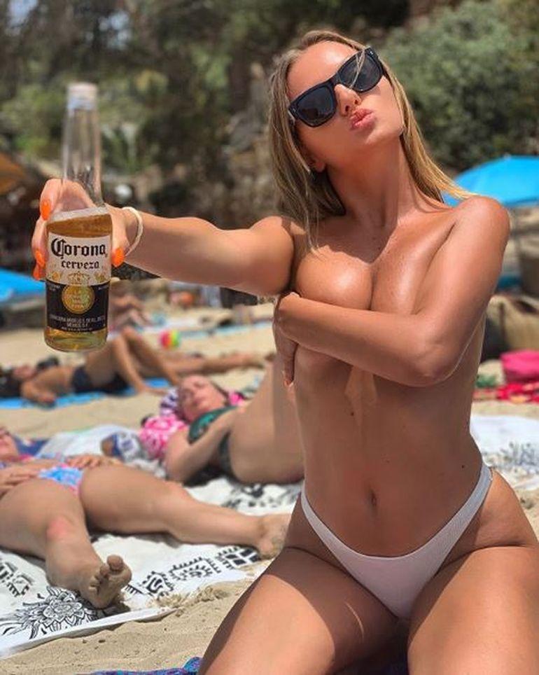Stan sexy alexandra Nude celebrity