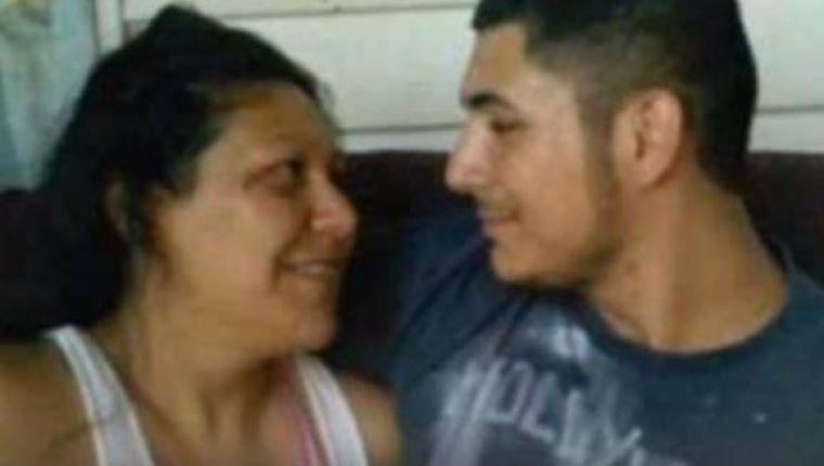 """Iubire interzisă! O mamă și fiul ei fac amor în fiecare noapte! Declarații halucinante: """"M-am îndrăgostit de el"""""""