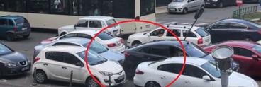 Gestul șocant făcut de un șofer din București. Cum a reacționat după ce i-a fost blocată mașina  VIDEO