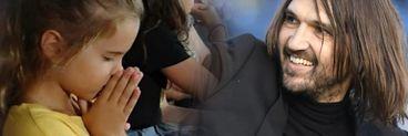 """Fiicele lui Dan Alexa se roagă pentru tatăl lor pe stadion:""""Ele sunt principalul motiv pentru care vreau să fiu mereu mai bun"""" FOTO"""
