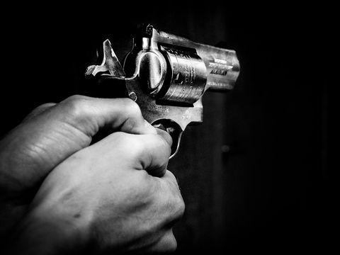 """Criminalul din Măgurele plănuise un atac sângeros: """"A vrut să-și împuște și soția, nu doar pe amantul ei"""""""