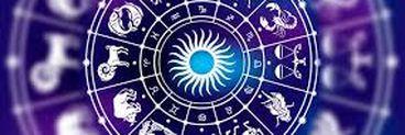 Horoscop de weekend pentru 10-11 august. Astrele aduc schimbări financiare, dar și planuri de călătorie