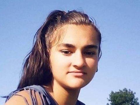O fată de 15 ani din Mehedinți a dispărut! Dacă ai văzut-o pe Aida, sună imediat la poliție!