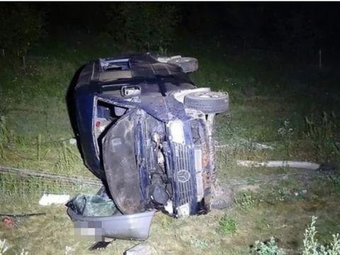 Accident mortal în Ungaria! Un microbuz plin cu români s-a răsturnat, după ce șoferul a adormit