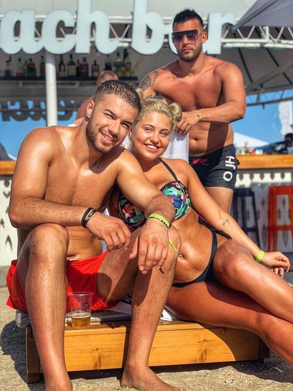 Fotografie de infarct pe plajă! Cum s-a fotografiat Plușica alături de Culiță Sterp