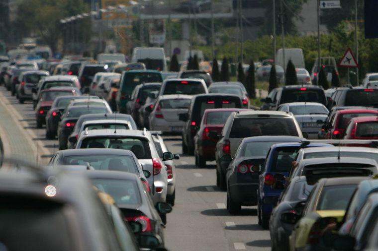 Primaria Bucuresti a stabilit costul pentru vinieta de Bucuresti, taxa pentru masinile care intra in oras