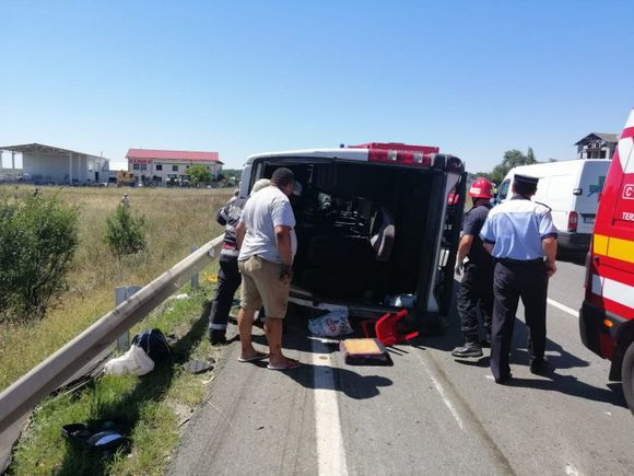 Două persoane au murit / Accident cu 15 victime langă Craiova! Este PLAN ROȘU de intervenție